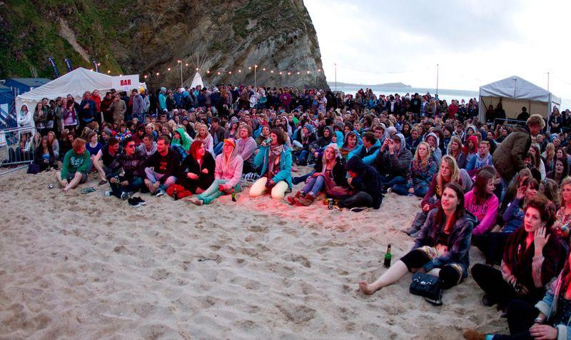 beach gigs