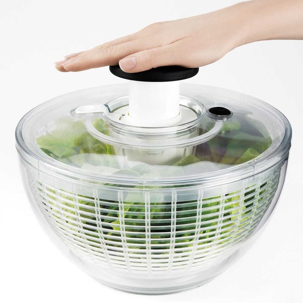 OXO_Good_Grips_Salad_Spinner_with_hand_pump-sixhundred